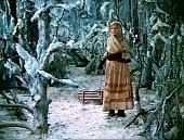 кадр №3 из фильма Двенадцать месяцев (1973)
