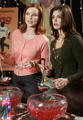 Отчаянные домохозяйки / Desperate Housewives (2004-2012)