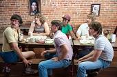 Каждому своё (2016) - комедия США смотреть онлайн в HD 2016 кадры